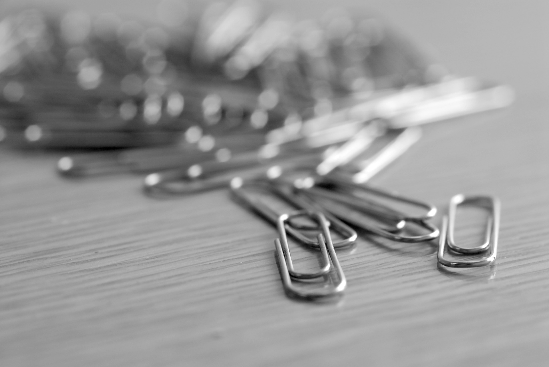 paper-clip-400821_1920
